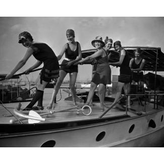 Bathing Beauties on Board, 1921