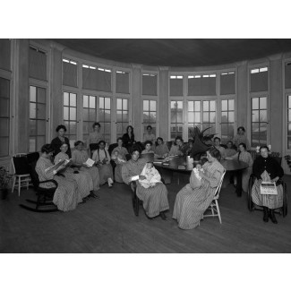 Women and Infants Ward, 1920