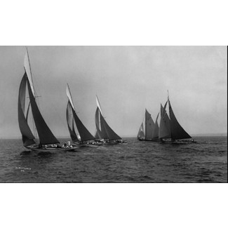 New York 50' Class start, Larchmont Yacht Club, 1913